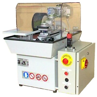 Buffing machine for irregular stamped products